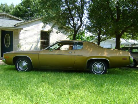 1974 Plymouth Satellite Sebring in Gold