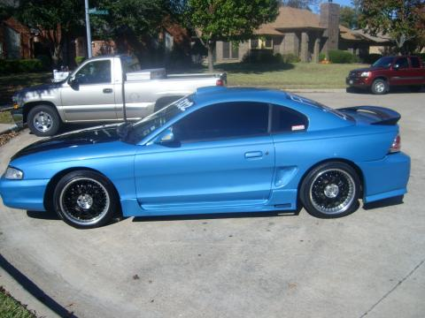 1998 Ford Mustang V6 Coupe in Blue