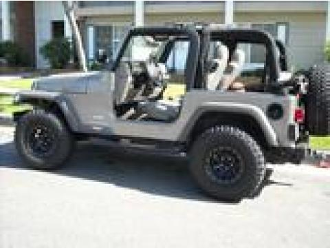 2006 Jeep Wrangler X 4x4 in Light Khaki Metallic