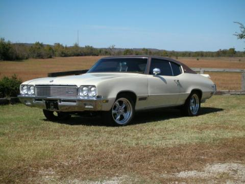 1971 Buick Skylark Custom in Cream
