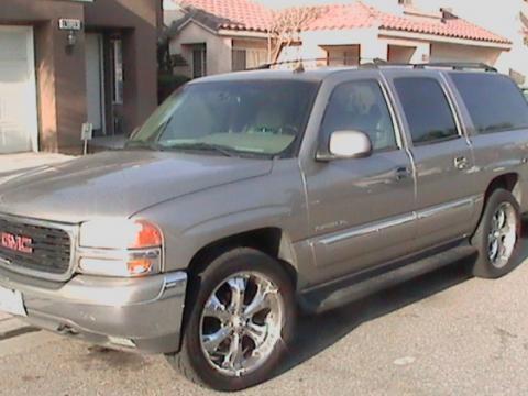 2002 GMC Yukon XL SLT 4x4 in Pewter Metallic