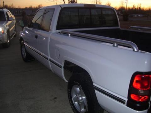 1996 Dodge Ram 1500 SLT Extended Cab in Bright White