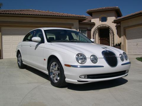 2004 Jaguar S-Type 3.0 in White Onyx