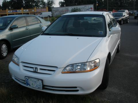 2002 Honda Accord LX Sedan in Taffeta White