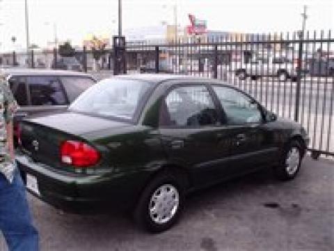 2001 Chevrolet Metro LSi in Dark Green Metallic