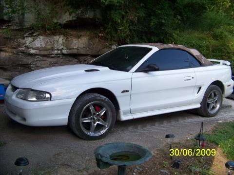 1997 Ford Mustang GT Convertible in Crystal White