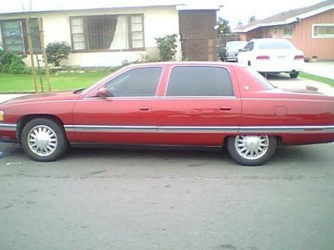 1994 Cadillac Deville Sedan in Medium Garnet Red Metallic