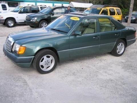 1993 Mercedes-Benz E Class 300 E Sedan in Spruce Green Metallic
