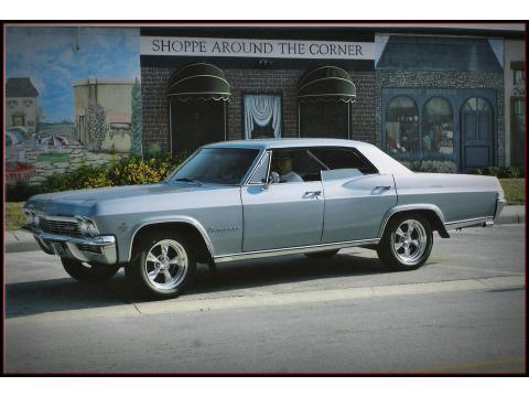 1965 Chevrolet Impala Hardtop Sedan in Mist Blue