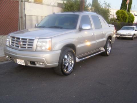 2004 Cadillac Escalade EXT in Quicksilver