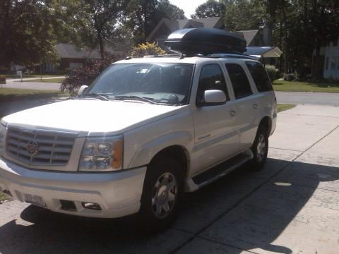 2004 Cadillac Escalade AWD in White Diamond