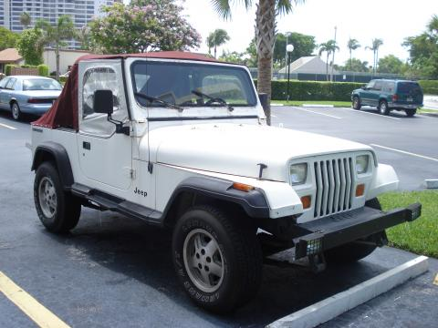 1990 Jeep Wrangler YJ 4x4 in Bright White