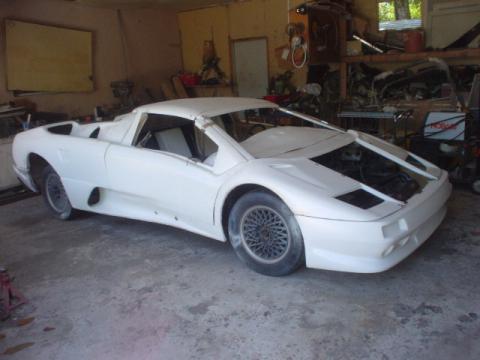 2001 Lamborghini Diablo Replica Kitcar in Fiberglass