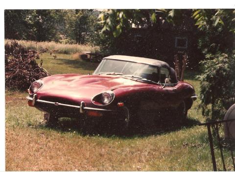 1969 Jaguar XKE Series II in Burgundy