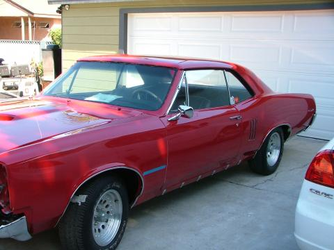 1967 Pontiac GTO 2 Door Hardtop in Red