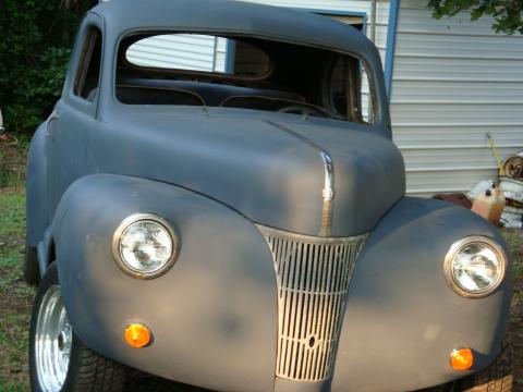 1941 Ford Super DeLuxe Coupe in Primer