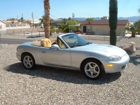 1999 Mazda MX-5 Miata LP Roadster in Highlight Silver Metallic