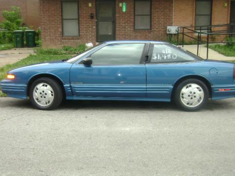 1993 Oldsmobile Cutlass Supreme S Coupe in Medium Quasar Blue Metallic