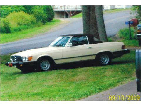 1978 Mercedes-Benz SL Class 450 SL Roadster in Light Ivory