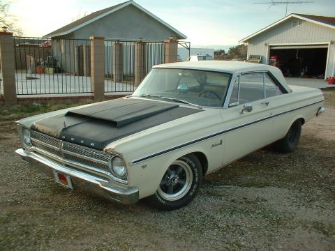 1965 Plymouth Belvedere II 2 door Hardtop Coupe in White