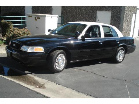 2001 Ford Crown Victoria Police Interceptor in Black