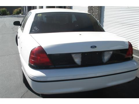 2000 Ford Crown Victoria Florida Edition Sedan in Vibrant White