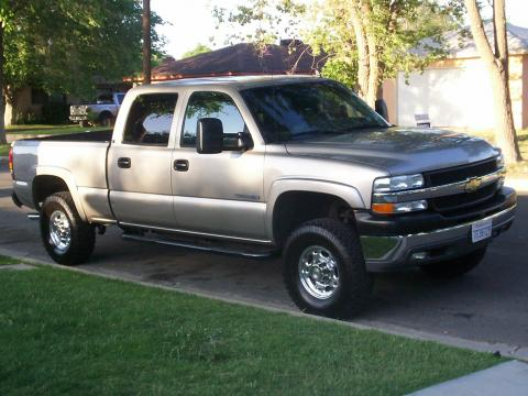 2001 Chevrolet Silverado 2500HD LT Crew Cab in Light Pewter Metallic