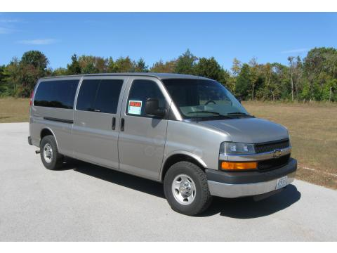2004 Chevrolet Express 3500 15 Passenger Van in Light Pewter Metallic