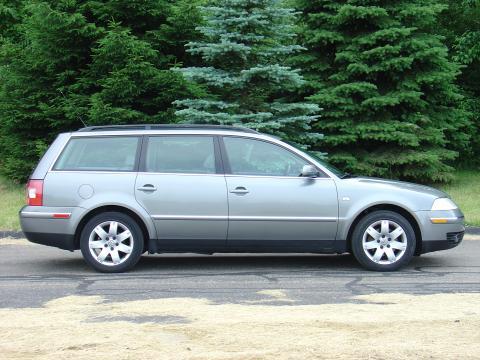 2002 Volkswagen Passat GLX Wagon in Silverstone Grey Metallic