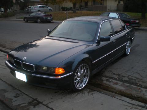 1995 BMW 7 Series 740iL Sedan in Blue