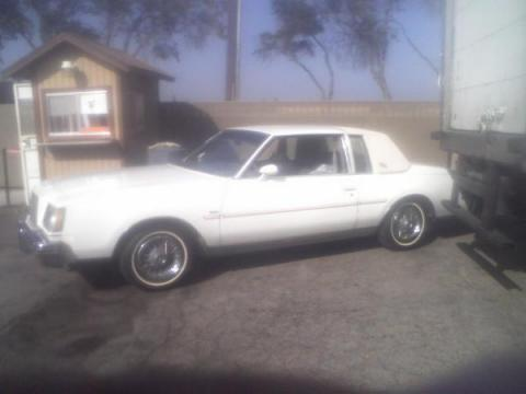 1978 Buick Regal Limited in White
