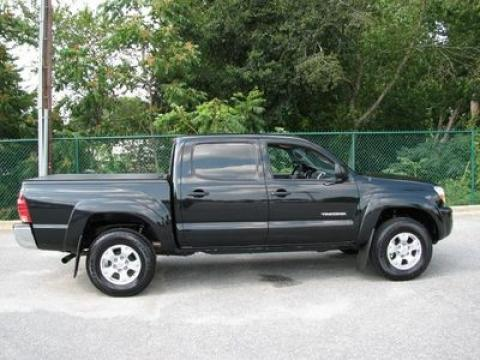 2008 Toyota Tacoma V6 PreRunner Double Cab in Black Sand Pearl