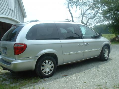 2005 Chrysler Town and Country Touring Edition Extended in Bright Silver Metallic