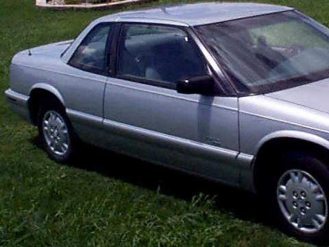1996 Buick Regal Coupe in Blue