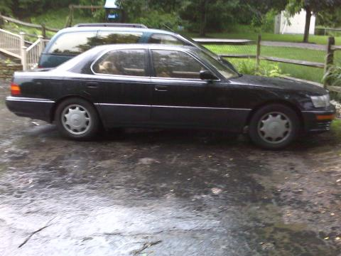 1993 Lexus LS 400 in Black