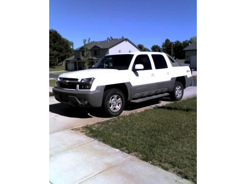 2002 Chevrolet Avalanche Z71 in Summit White