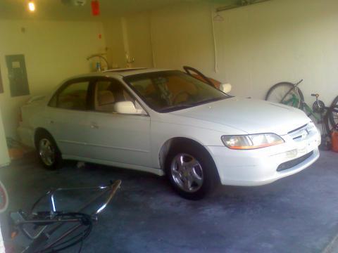 1999 Honda Accord EX in Taffeta White