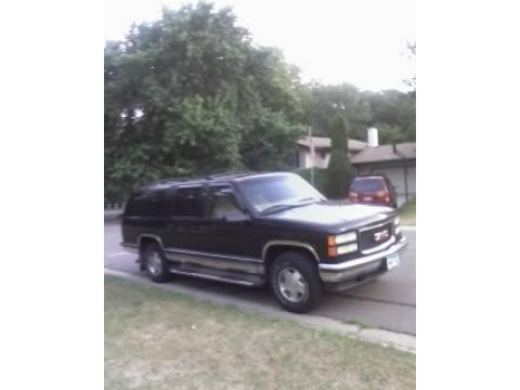 1999 GMC Suburban  in Onyx Black
