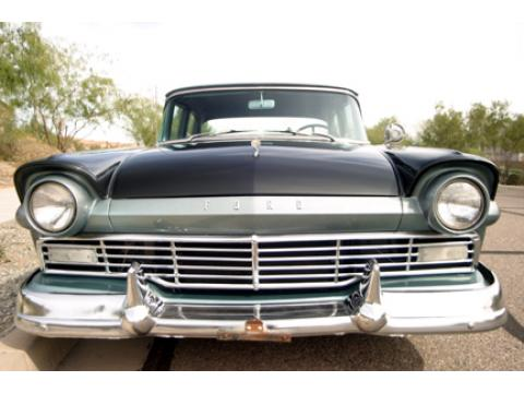 1957 Ford Custom 300 Four Door Sedan in Black/Silver Mist