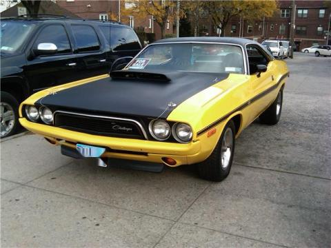 1973 Dodge Challenger 2 Door Coupe in Yellow