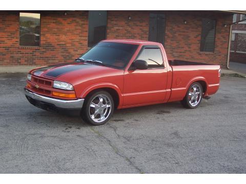 2000 Chevrolet S10  in Orange