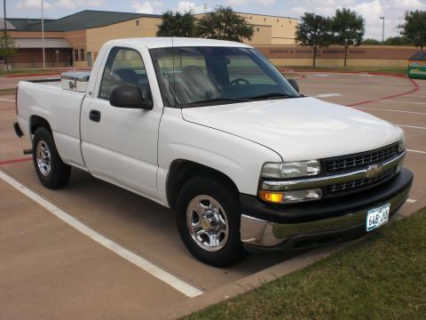 2000 Chevrolet Silverado 1500 Regular Cab in Summit White
