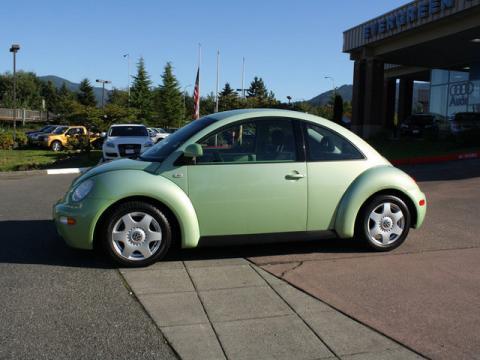 1999 Volkswagen New Beetle GLS Coupe in Green Metallic