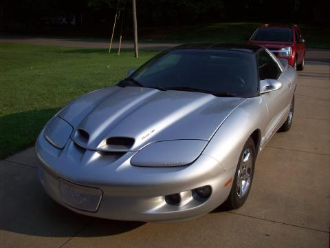 2002 Pontiac Firebird Coupe in Bright Silver Metallic