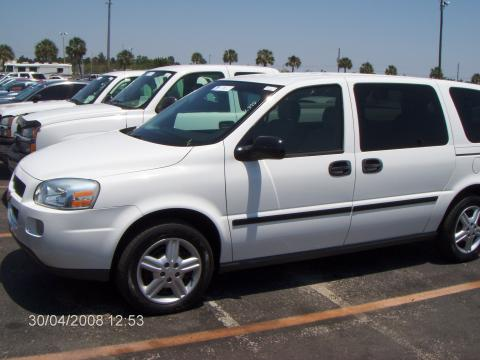 2005 Chevrolet Uplander  in Summit White