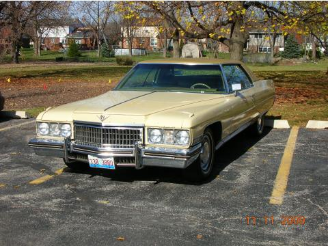 1973 Cadillac Coupe de Ville Hardtop in Harvest Yellow