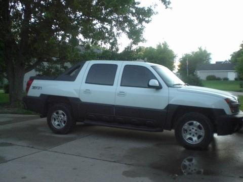 2003 Chevrolet Avalanche Z71 in Summit White