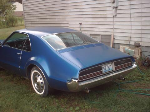 1966 Oldsmobile Toronado 9687 in Blue