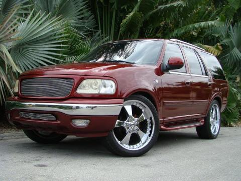 1999 Ford Expedition XLT in Candy Apple Metal Flake