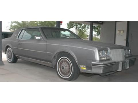 1980 Buick Riviera  in Medium Gray